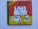 Nijntje gaat knutselen - Dick Bruna (Boek + CD)