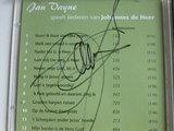 Jan Vayne speelt liederen van Johannes de Heer (gesigneerd)