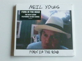 Neil Young - Fork in the Road (nieuw)