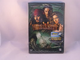 Pirates of the Caribbean - Dead Man's Chest (DVD) Nieuw