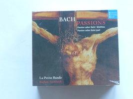 Bach - Passions / Le Petite Bande / Leonhardt (5 CD) nieuw