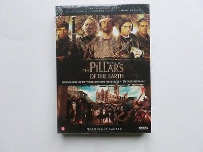 The Pillars of the Earth (2 DVD) nieuw