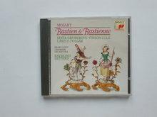 Mozart - Bastien & Bastienne / Raymond Leppard